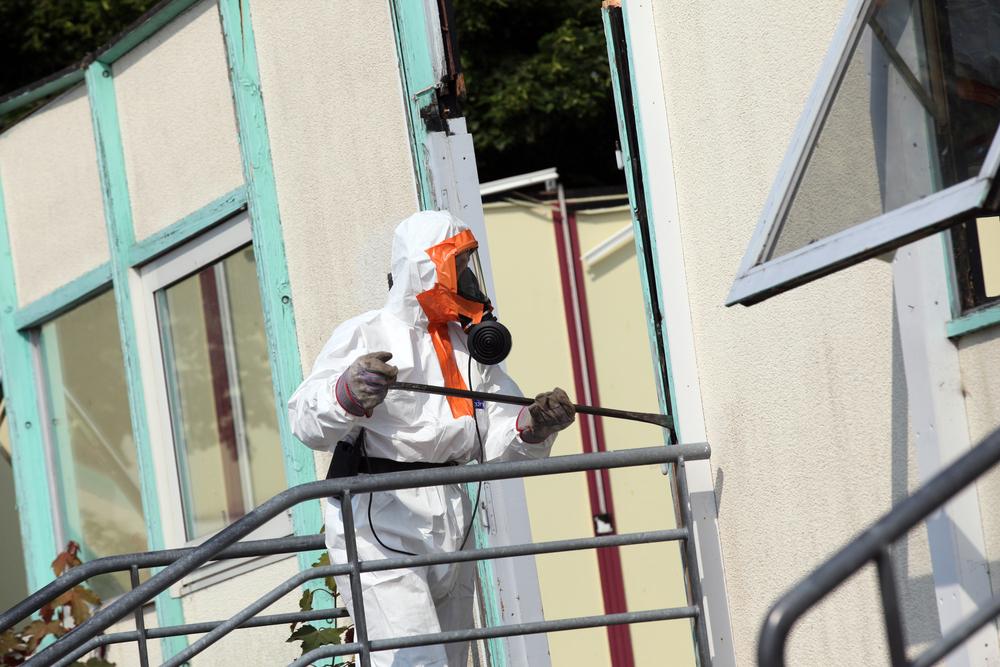 Senate Inquiry Urges Crackdown on Asbestos Imports